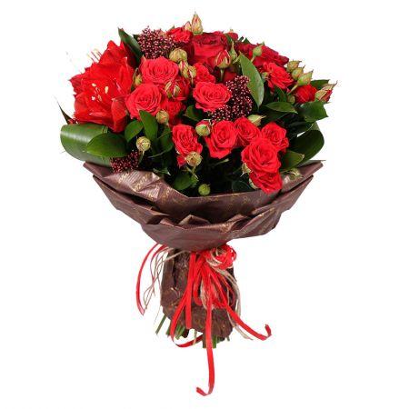 bouquet of seasonal flowes, red seasonal flowers, red bouquet, bouquet of red flowers, bouquet for