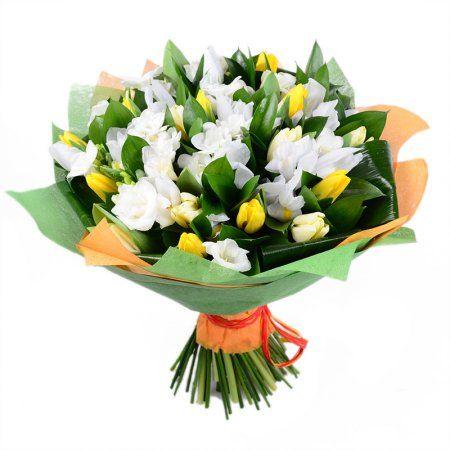 Bouquet First flowers